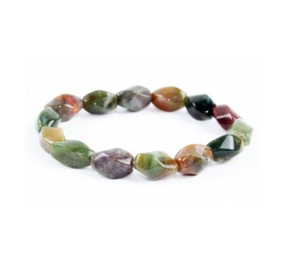 käevõru Jaspis, ovaalsed keerdlihviga kristallid (1076)