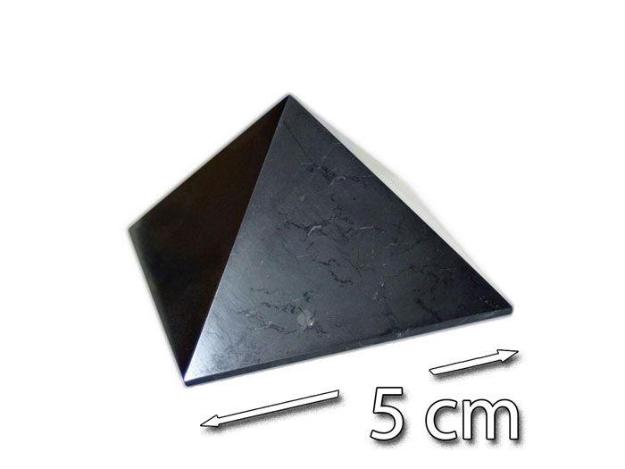 šungiit püramiid, 5cm (2869)