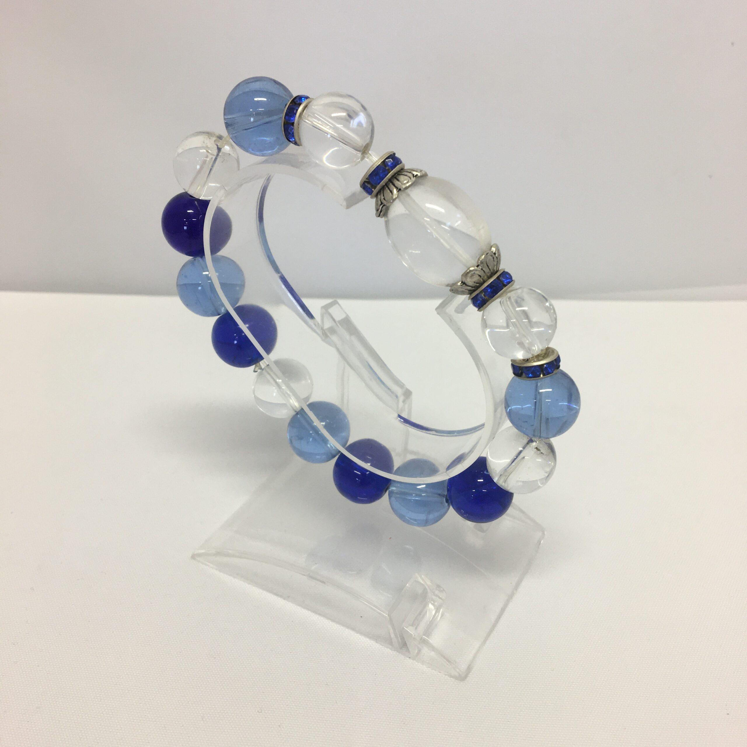 käevõru mäekristall+sinine kvarts+ilupärlid (1376)